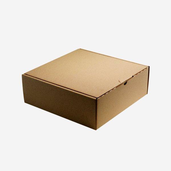 Present cardboard box, brown